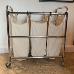 Rollong Laundry Hamper for Sale in Bothell,  WA