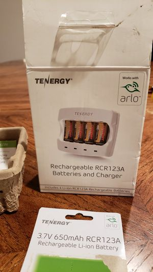 Arlo Rechargeable RCR123A Batteries & Charger for Sale in Glendora, CA