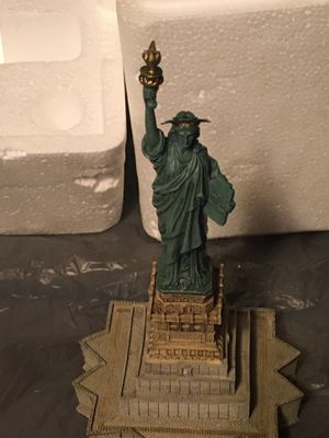 Statue of Liberty collectible for Sale in Tacoma, WA