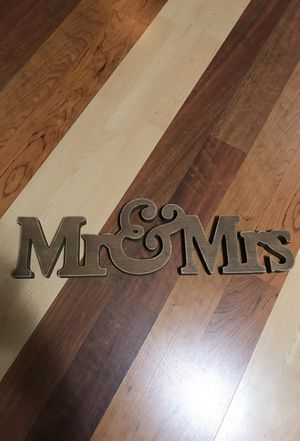 Mr and mrs sign for Sale in Hialeah, FL