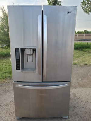 LG stainless steel fridge good working conditions for Sale in Wheat Ridge, CO