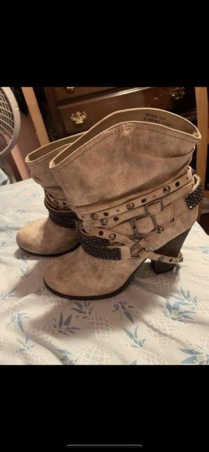 Heeled boots for Sale in Lake Wales, FL