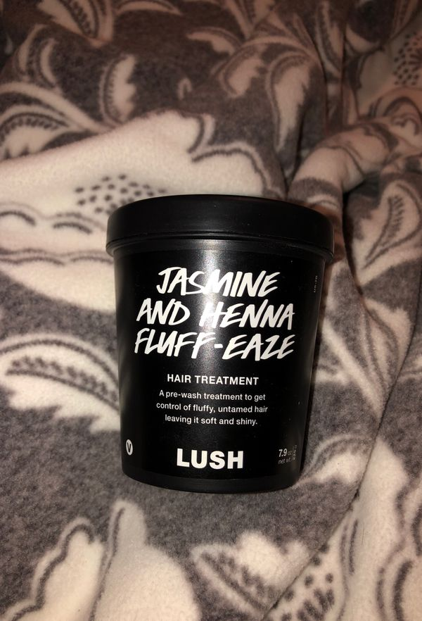 LUSH Jasmine and Henna Fluff-Ease hair treatment