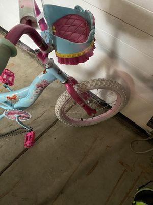 Girls 16inch princess bike for Sale in Cleveland, OH