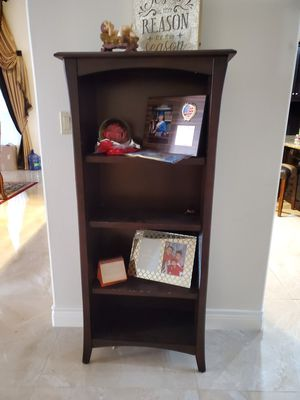 Bookshelve for Sale in Edinburg, TX