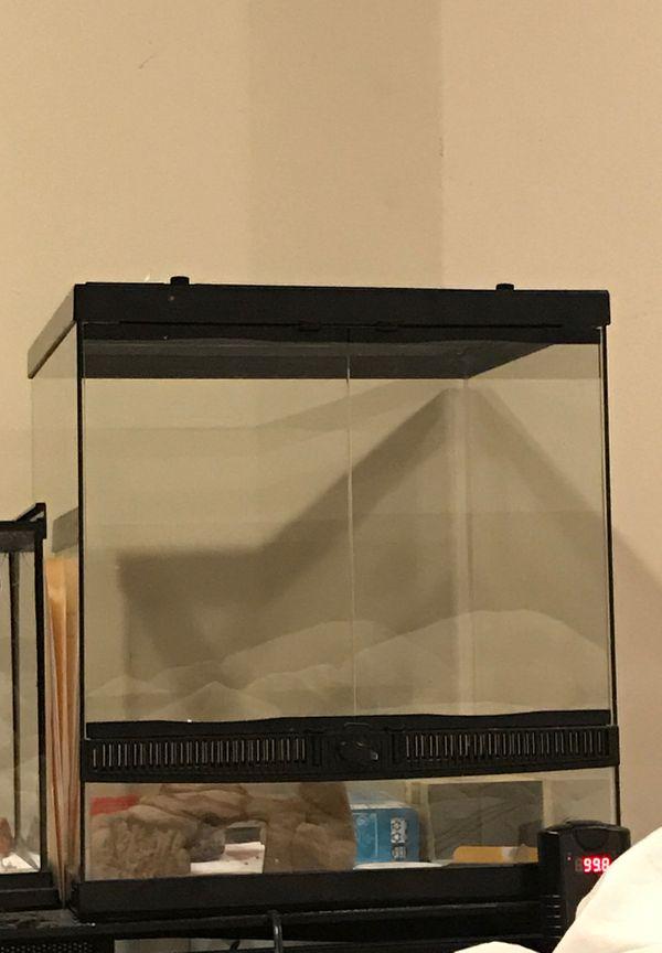 Reptile tank enclosure cage