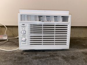 Artic King 5,000 btu window ac unit for Sale in Painesville, OH