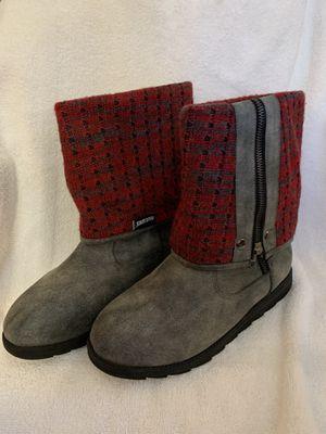 Mukluks boots for Sale in Black Diamond, WA