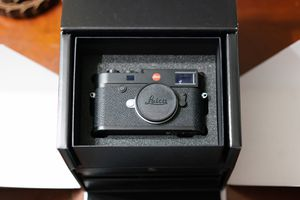 Leica m10 for Sale in Chicago, IL