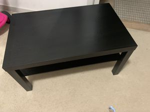 Coffee table and floor lamp for Sale in Rockville, MD