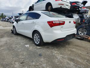 2013 KIA RIO PARTING OUT for Sale in Fontana, CA