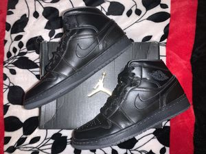 Jordan 1 mid size 8.5 for Sale in Lockhart, TX