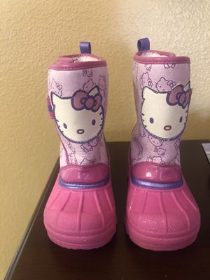 Toddler girls Hello Kitty snow boots/ rain boots size 7/8 for Sale in Fontana, CA
