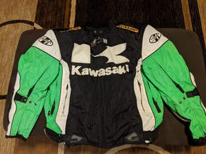 Kawasaki motorcycle gear set for Sale in Federal Way, WA