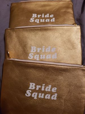 Bridesmaid Makeup lined bags for Sale in Columbus, OH