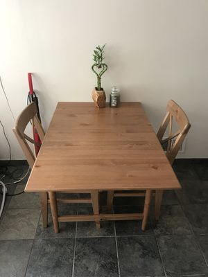 Small Kitchen Table Chair Set for Sale in Staten Island, NY