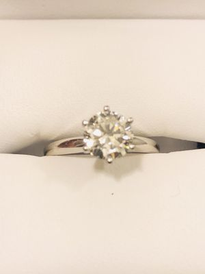 1 Carat Solitary Ring for Sale in Phoenix, AZ