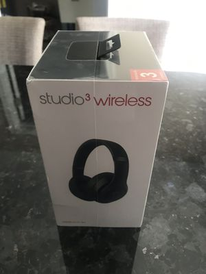 Wireless beats 3 studio headphones. Never been opened sealed close in box. for Sale in Dearborn Heights, MI