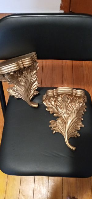 Leaf wall shelves for Sale in Wakefield, VA