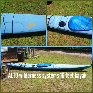 Professional kayak, cover, for Sale in Chicago, IL