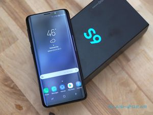 Samsung Galaxy S9 (64gb) Comes With Charger and 1 Month Warranty for Sale in Springfield, VA