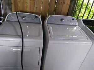 Festival Appliances and Furniture. Lavadora y secadora whirlpool usadas con garantía for Sale in Houston, TX