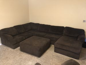 Nice Sectional with ottoman and Reclining chair!! for Sale in Thornton, CO