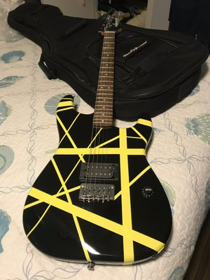 "Fender ""EVH"" guitar with gig bag for Sale in Houston, TX"