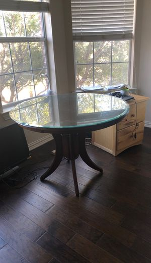 Breakfast table covered with glass. Very good condition for Sale in Coppell, TX