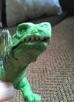 Vintage Kenner 1993 Jurassic Park JP01 Dimetrodon Acton Figure with Dino-strike Clamping jaw for Sale in Bristol, CT