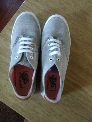 Vans off the wall 9.5 for Sale in Whitehall, OH