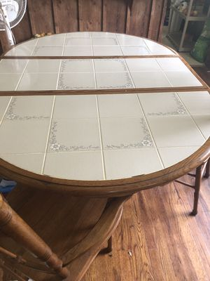 Kitchen Table for Sale in Bethel Acres, OK