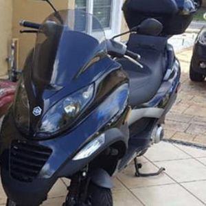 Scooter Piagiio Mp3 250cc Año 2007 for Sale in Miami, FL