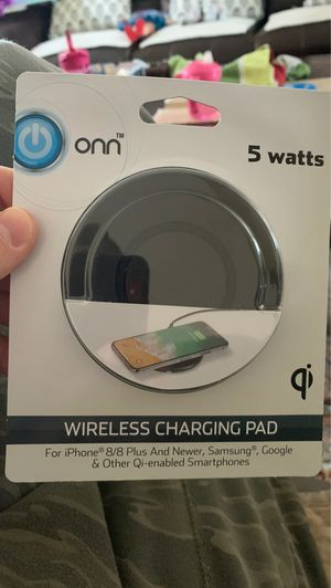 ONN Wireless Charging Pad 5 Watt iPhone 8/8+ iPhoneX Samsung Google Qi Enabled for Sale in SeaTac, WA