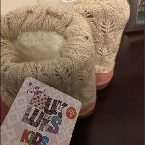 Muk Luks Girls' Size 3 Boots for Sale in Graham, NC