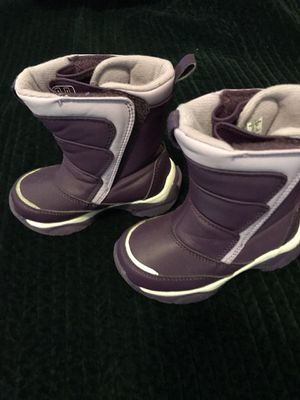 Toddler girls Lands End Winter boots size 8 for Sale in Norfolk, VA