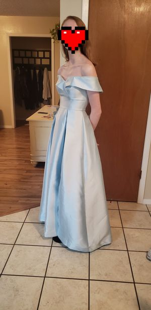 Prom dress for Sale in San Angelo, TX