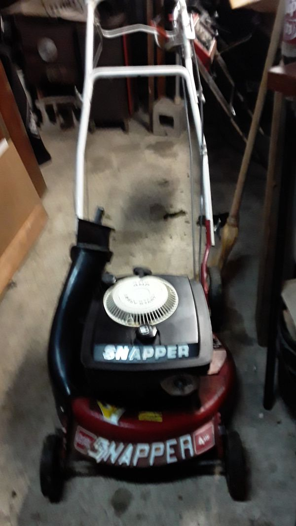 Rare snapper rear wheel drive 6 speed with blade clutch starts first pull.perfect mower