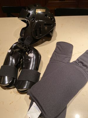 martial arts sparring gear! for Sale in Miami, FL