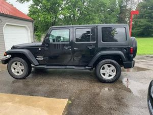2015 Jeep Wrangler Unlimited Sport for Sale in Mansfield, OH