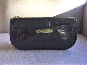Michael Kors makeup case for Sale in Seattle, WA