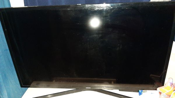 Samsung 40in led smart tv