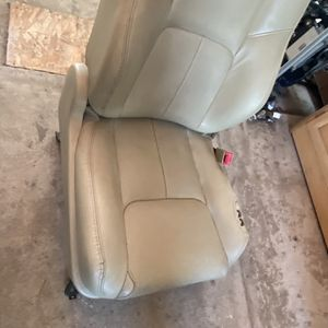 Seat Passenger Side Infiniti G 35 /2003 To2006 ,4 Doors for Sale in Anaheim, CA