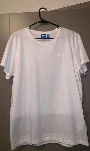 Adidas White T-shirt for Sale in Oviedo, FL
