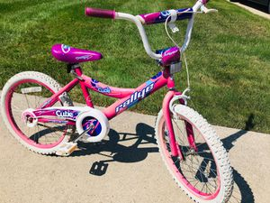 Girl's bike for Sale in Sterling Heights, MI