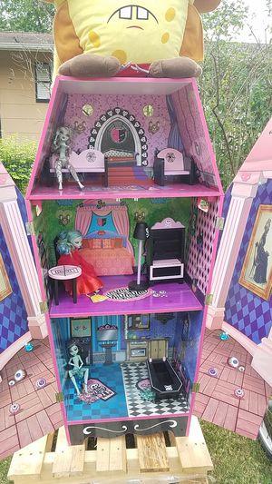 Monster high doll house for Sale in Jackson, NJ