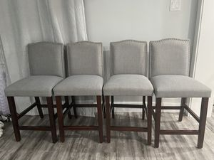 High chairs , bar stools, set of chairs , dining chairs , kitchen bar chairs for Sale in Tacoma, WA