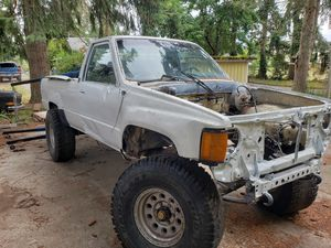 86 toyota pickup for Sale in Puyallup, WA