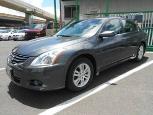 2010 Nissan Altima 3.5 SR for Sale in Honolulu, HI