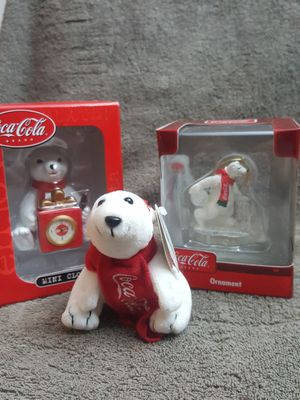 $35.00 OR BEST OFFER !! Coca cola polar bear collectables for Sale in Buckley, WA